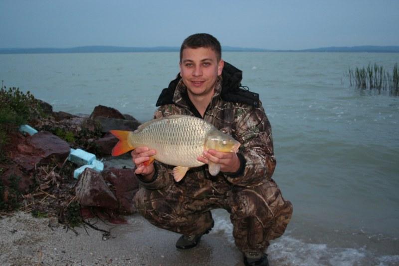 Carp fishing with boilies at lake balaton sbs baits